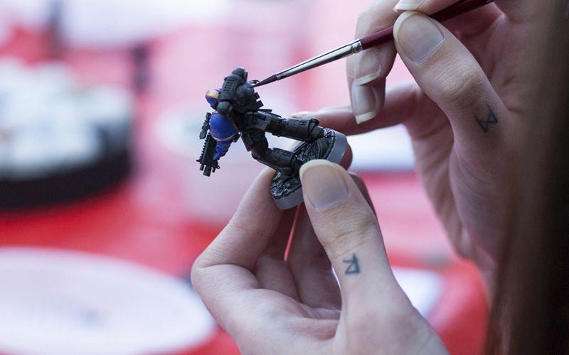 Actividad: pintando miniaturas